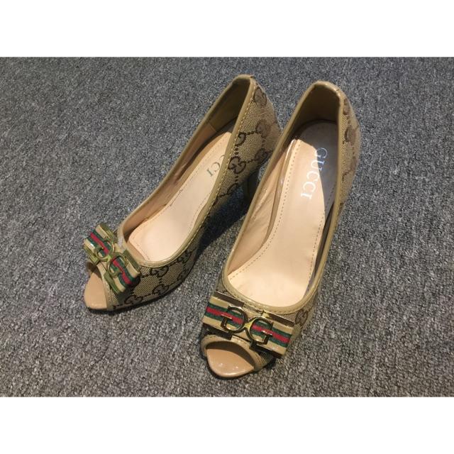 Giày cao gót Gucci