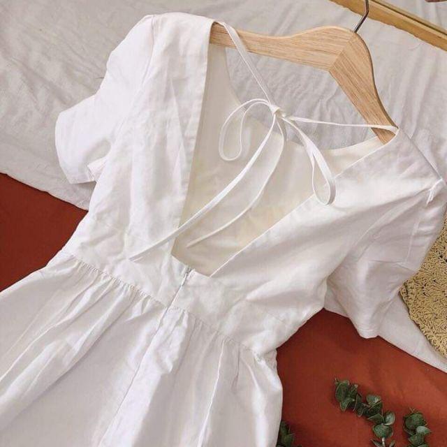 Đầm midi khoét lưng