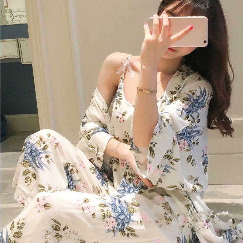 Bộ áo khoác + áo 2 dây + chân váy phối hoa phong cách cardigan cho nữ