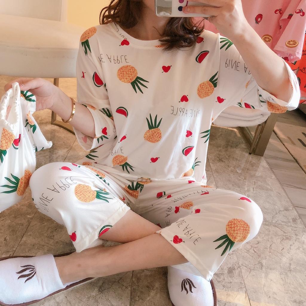 Bộ quần áo ngủ tay lửng thiết kế trẻ trung cho bạn gái kèm túi đựng tiện dụng
