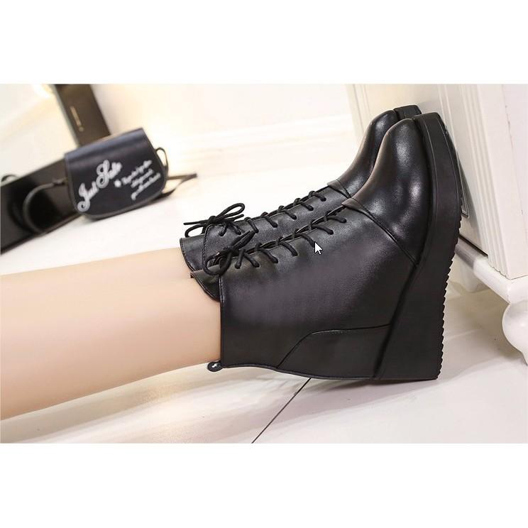 Giày boot nữ đế xuồng các tính B064
