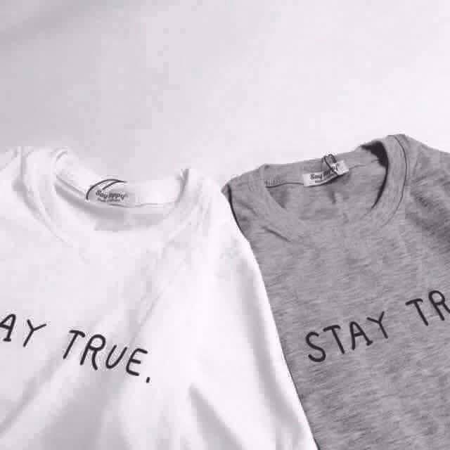 Áo Stay True đôi (Trắng/Xám)