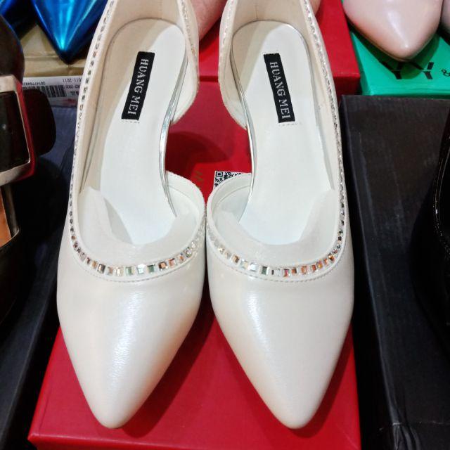 Giày cao gót quai ngang