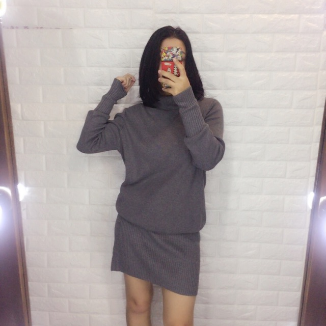 Váy len 2hand