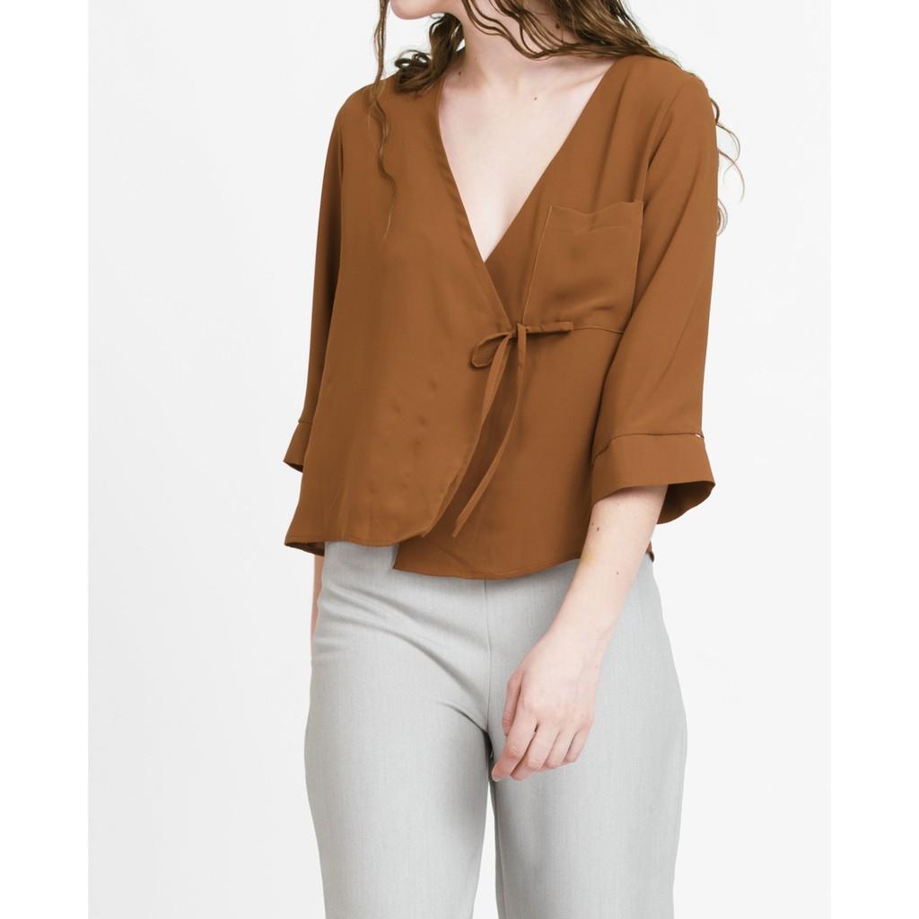 Áo kiểu nữ The Cosmo Wrap blouse màu nâu TC2001089OR
