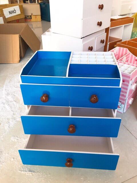 Tủ đựng mỹ phẩm 4 tầng xanh dương núm gỗ đậm