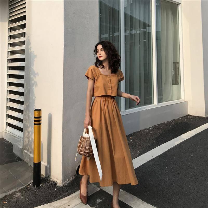 Bộ Áo Ngắn Tay + Chân Váy Dài Xinh Xắn Cổ Điển Dành Cho Nữ