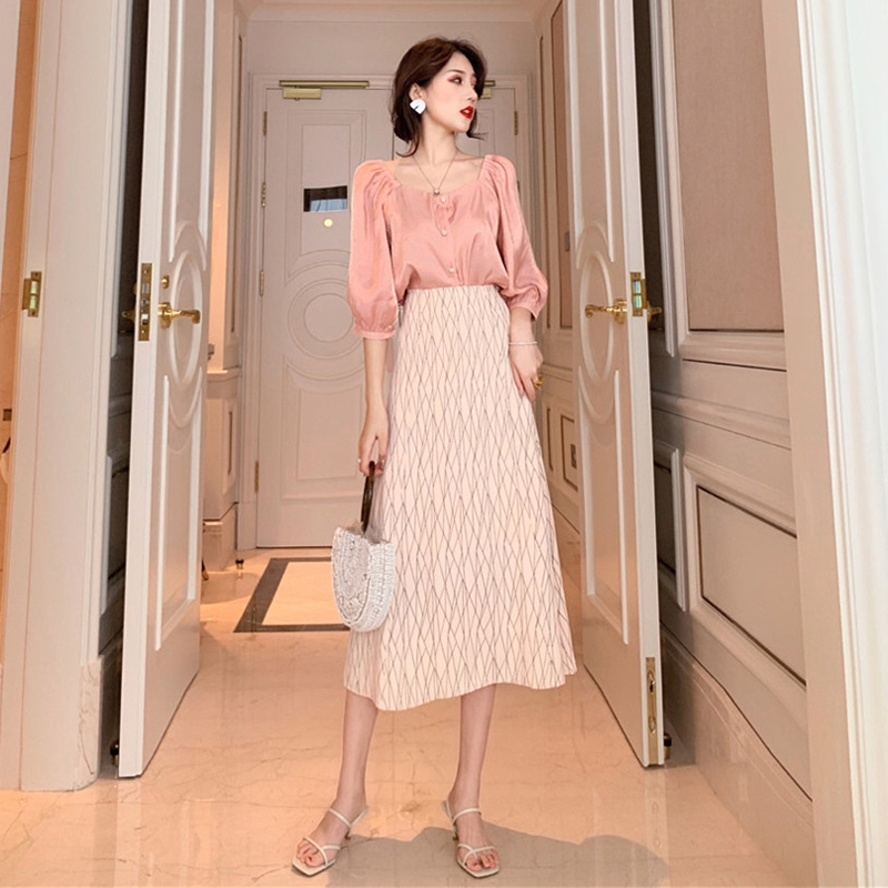 Set Áo Sơ Mi Vải Lụa + Chân Váy Lưng Cao Thời Trang Hàn Quốc