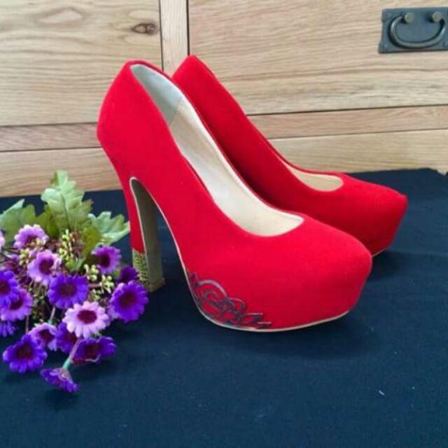 Giày cao gót - 230k