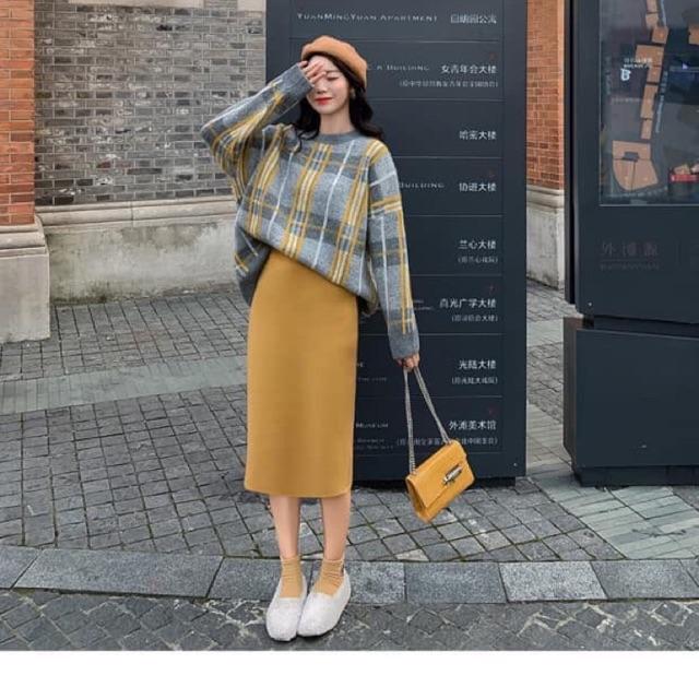 Áo Len kẻ kèm chân váy