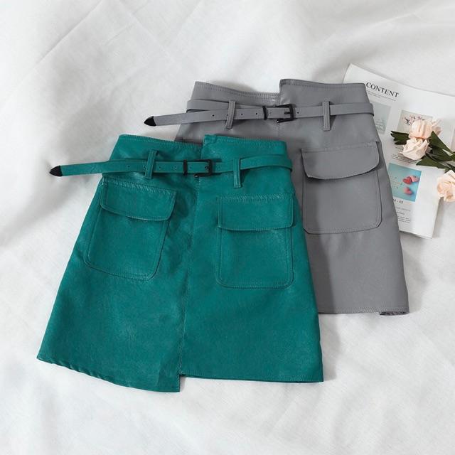 Chân váy da kèm belt vạt cao thấp