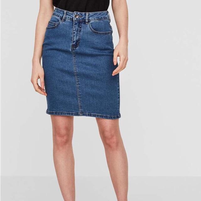 Chân váy Vero Moda
