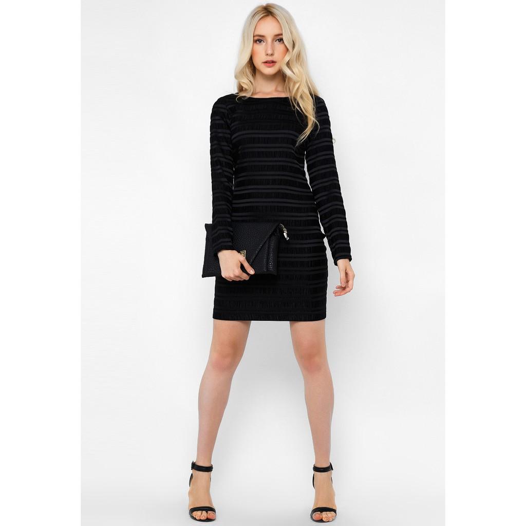 Đầm nữ ZE 62599 màu đen