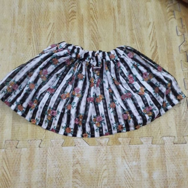 Chân váy cho bé gái từ 17 đến 19 kg