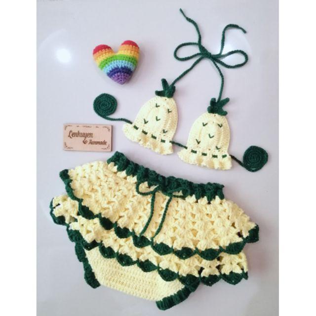 Đồ len handmade cho bé yêu với bikini trái thơm phối chân váy xòe 2 lớp lạ mắt