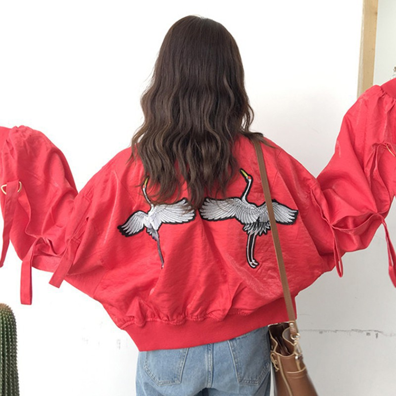 [ order] áo khoác bomber hình hạc sau lưng