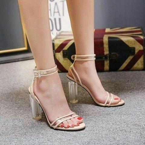 Sandal Màu Kem cực sang chảnh