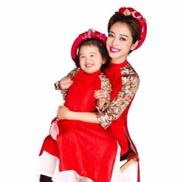 Combo mẹ và bé áo dài quần jean Ng Thu Thuy