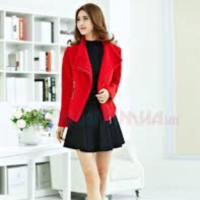 Áo khoác dạ mầu đỏ chất đẹp VoThuy
