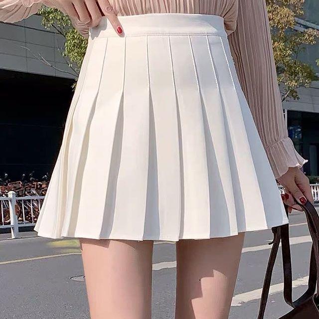 Chân váy ngắn xếp ly