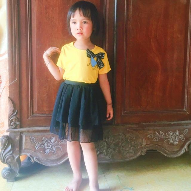 Sét áo phông + chân váy ren cho bé