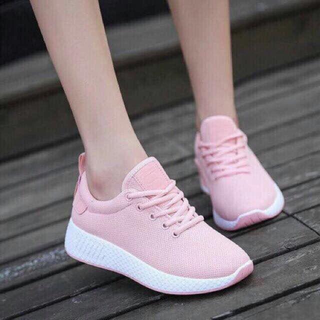 Giày thể thao nữ + lọ lau sạch giày