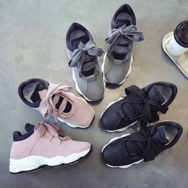 #Sả kho# Bán với giá nhập: Giày độn đế (sẵn ghi -37-38; hồng - 35 ; đen -37)