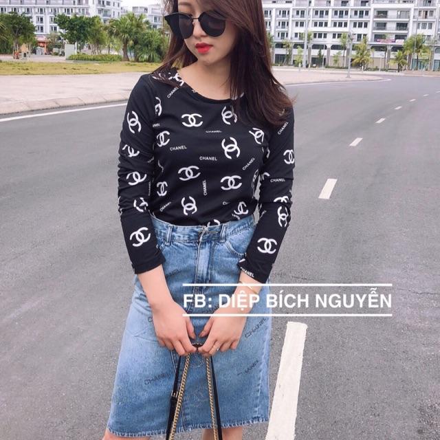 Áo cotton Chan*l và chân váy jean
