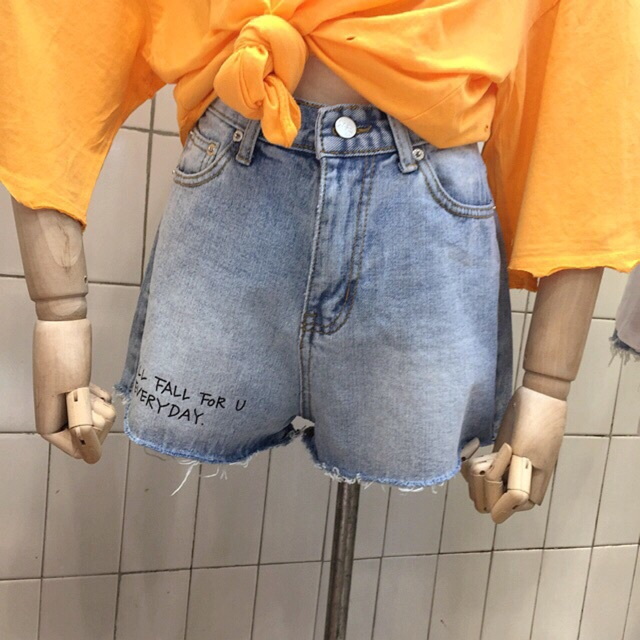 Short jeans ulzzang in chữ