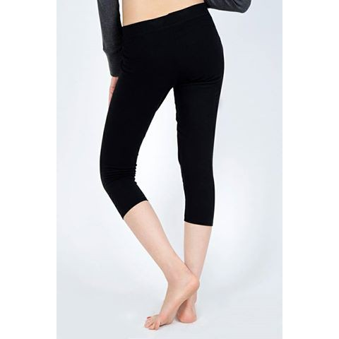 Quần legging nâng mông lửng ngố qua đầu gối