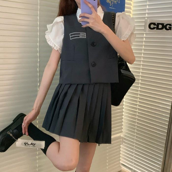 Bộ Áo Sơ Mi Ngắn Tay + Áo Vest + Chân Váy Xếp Li Xinh Xắn Dành Cho Nữ