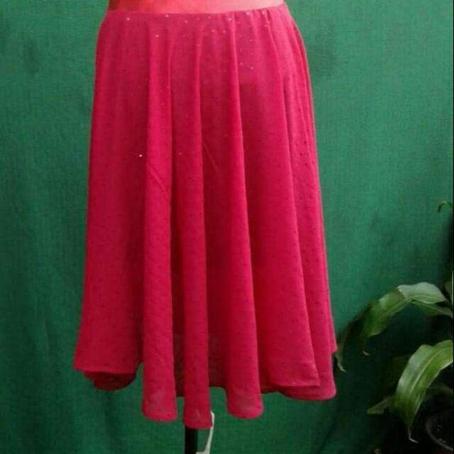 Chân váy kim sa màu đỏ