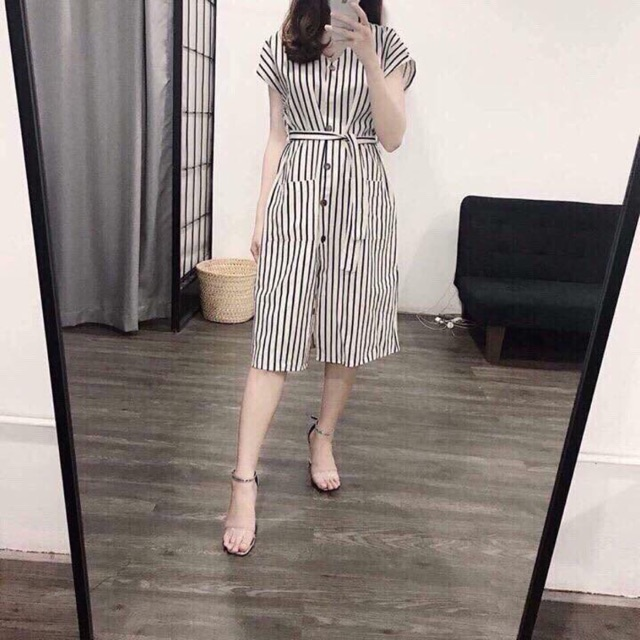 Váy kẻ hot hit vnxk
