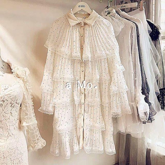 Đầm nữ ren trắng chấm bi