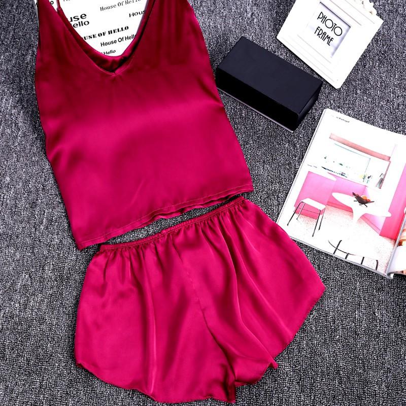 Set đồ ngủ áo hai dây + quần short chất lụa satin xinh xắn cho nữ