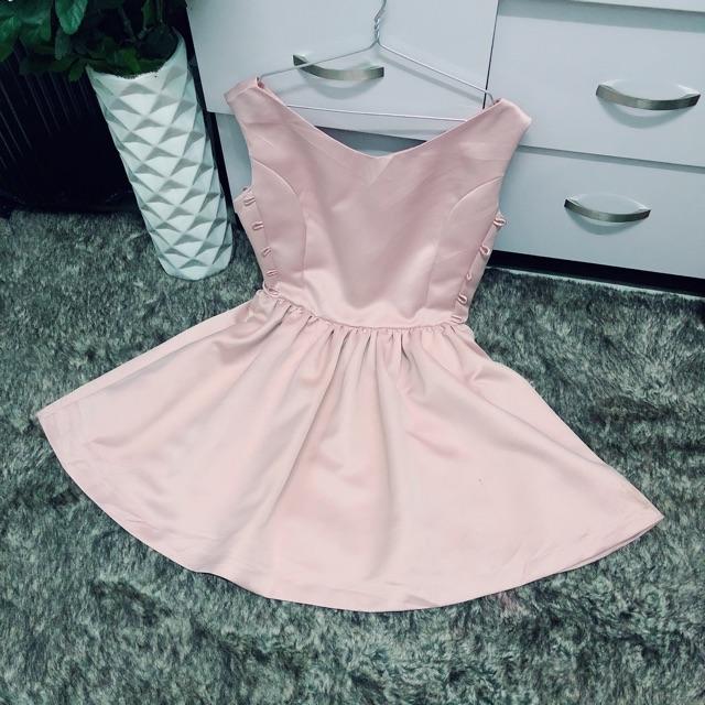 Thanh ký đầm kiểu màu hồng dâu