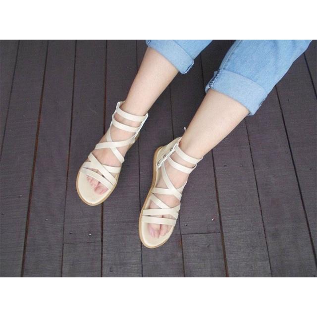Giày chiến binh màu kem
