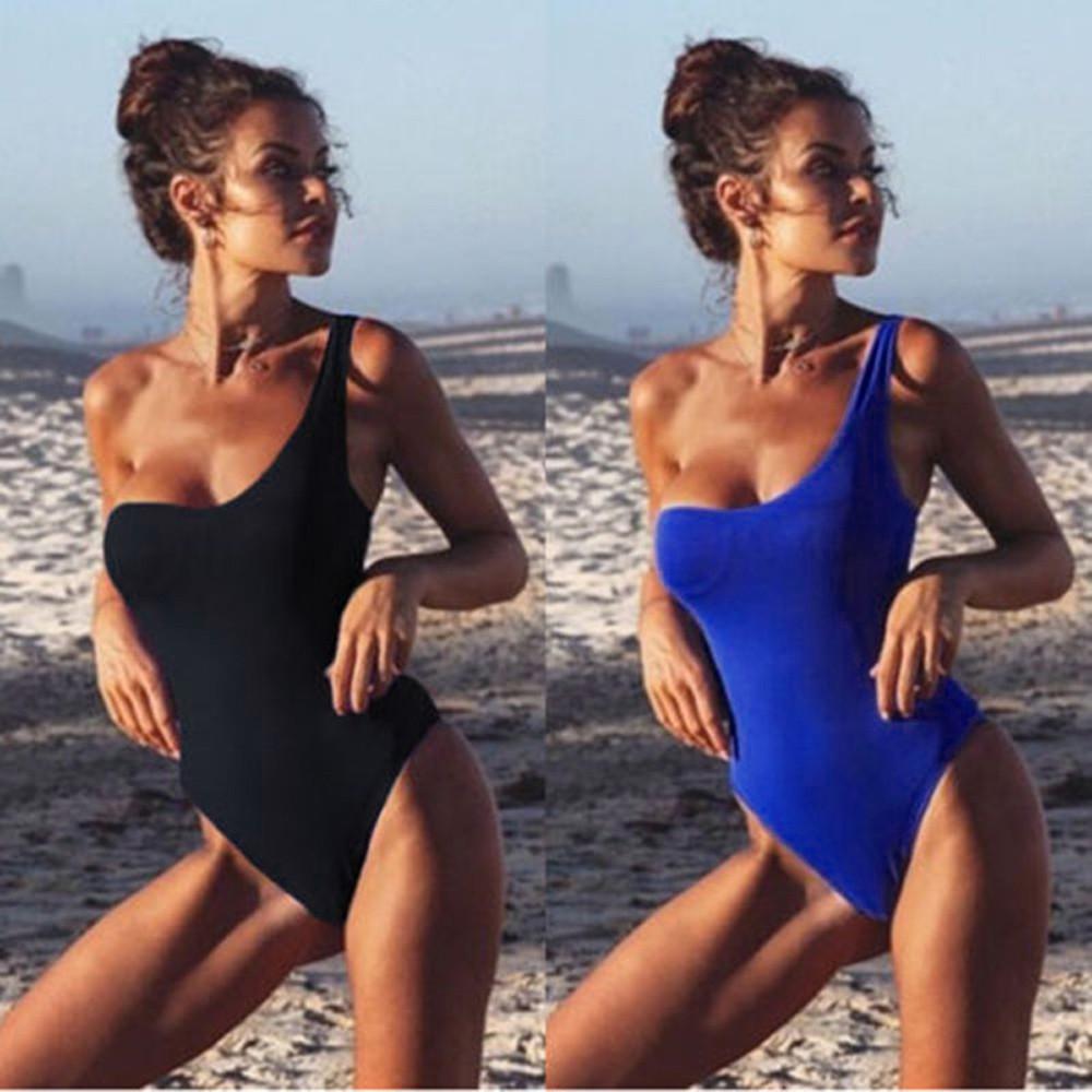 Bikini lệch vai màu trơn