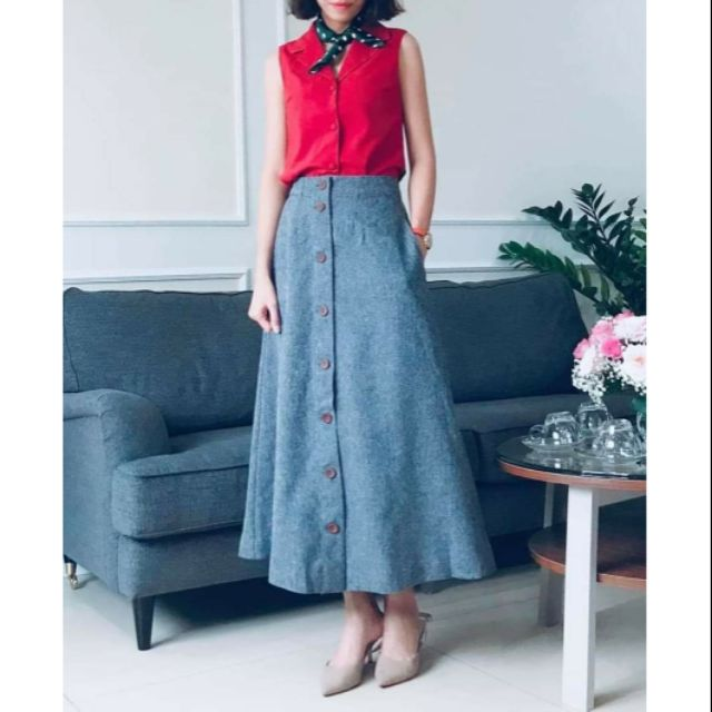 Chân váy dài đính nút xuất Nhật