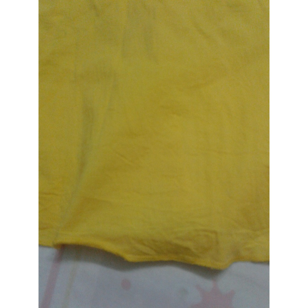 Thanh lý chân váy màu vàng