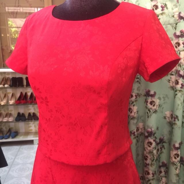 944982777 - Set áo đầm đỏ