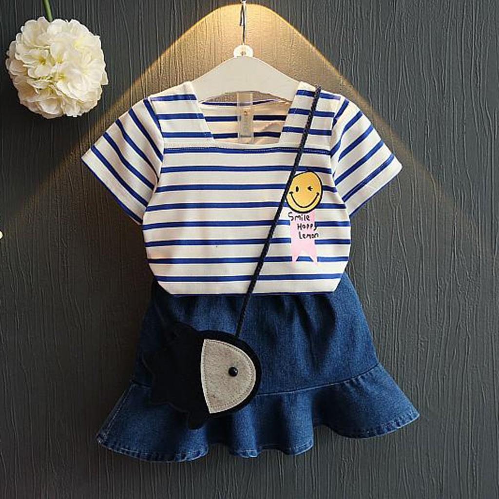 Set áo thun + chân váy denim kẻ sọc xinh xắn cho bé gái
