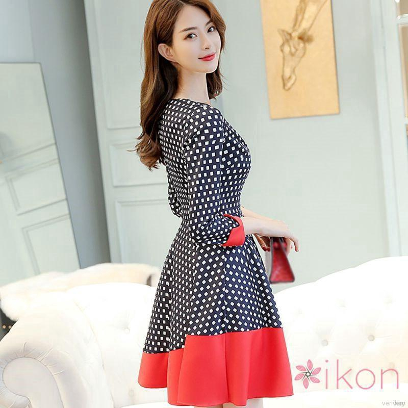 đầm cổ v hoa Korean Women large size seven-point sleeves Slim dress