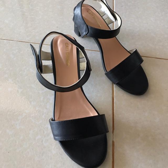 Sandal bigsize 42 thanh lý 90%