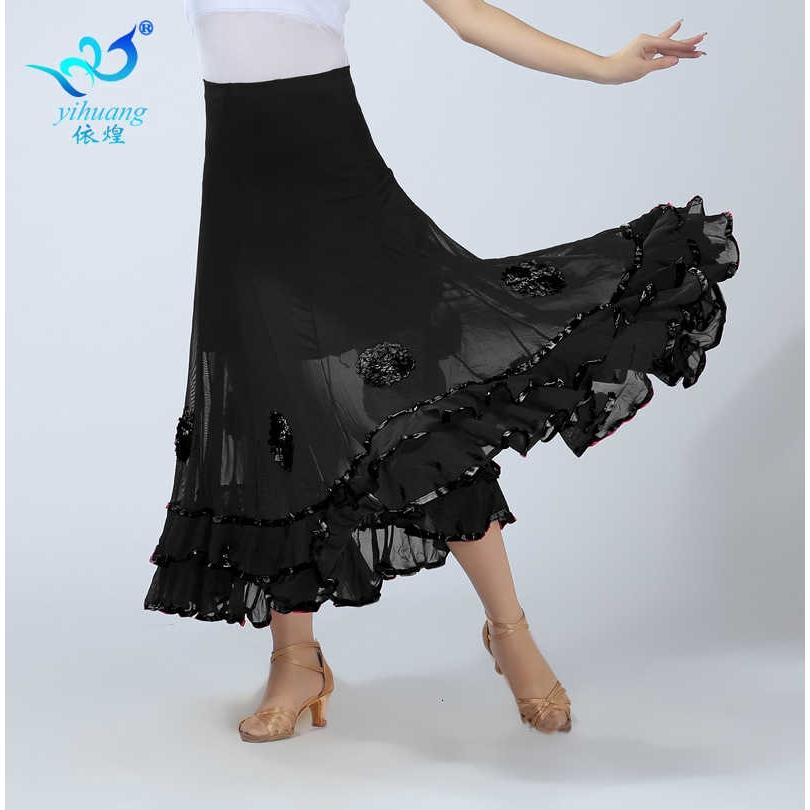 Chân Váy Xòe Dáng Xòe Kiểu Dáng Trẻ Trung Hiện Đại Cho Nữ