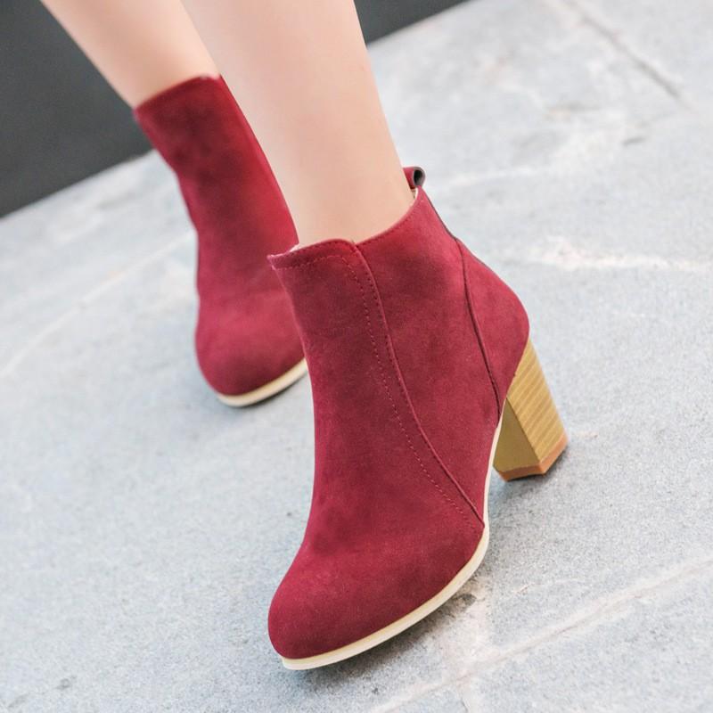 Giày Bốt Nhung Cao Gót Cổ Ngắn Đế Vuông Màu Đỏ GB29