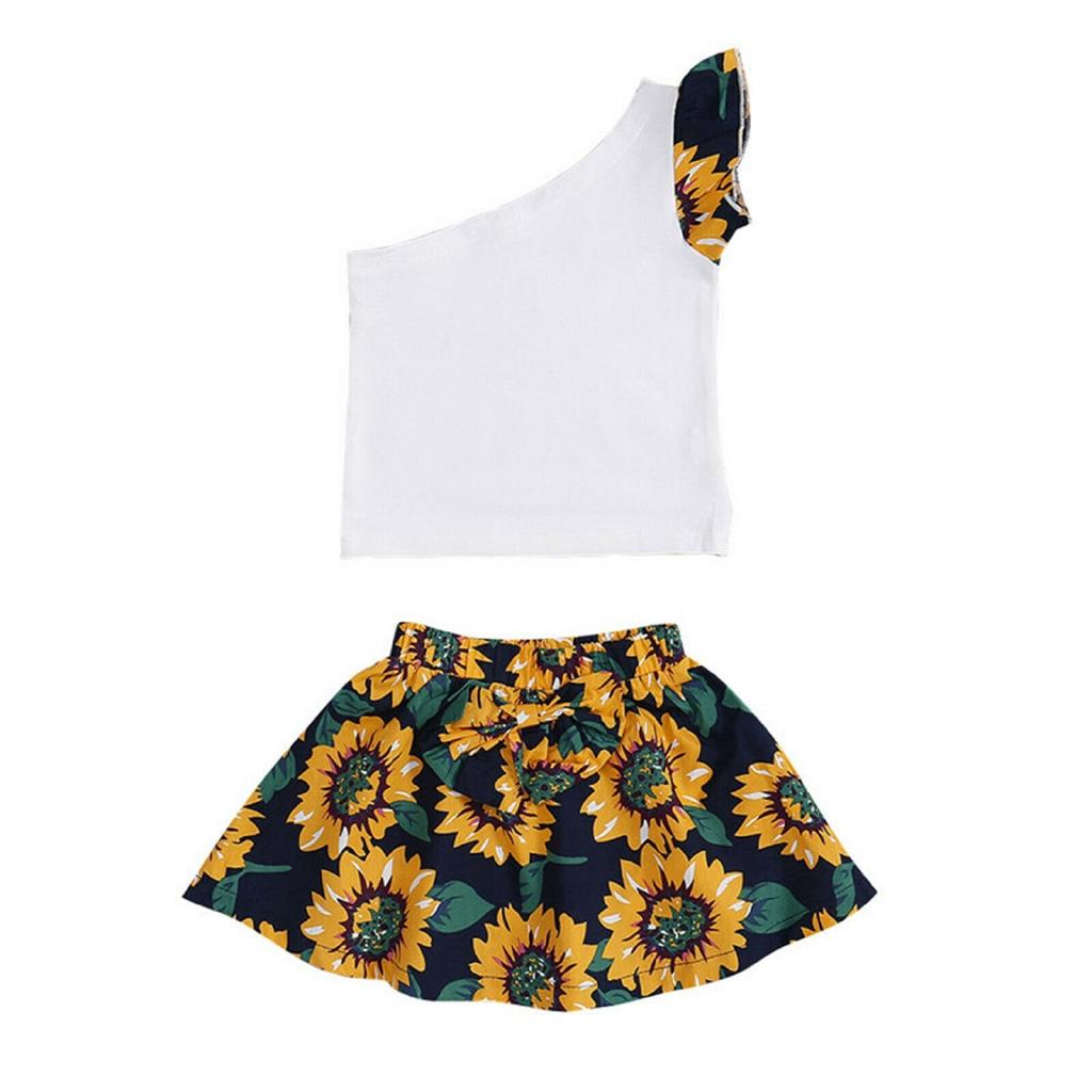 Set áo lệch vai + chân váy hoa cho bé gái