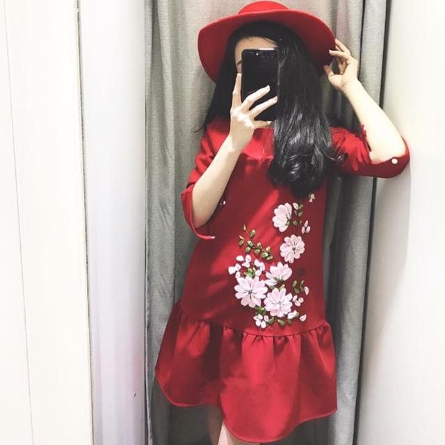 Váy đuôi cá thêu hoa