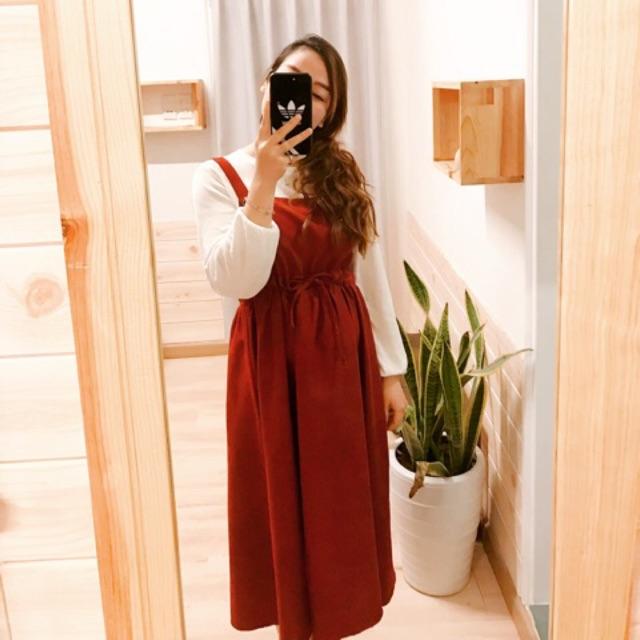 Váy đầm dạng yếm màu đỏ đô dáng xoè bồng siêu xinh
