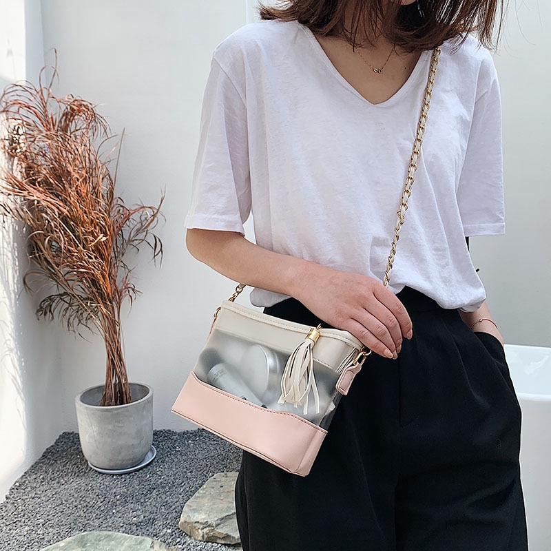 2020 new fashion small black bag simple wild chain shoulder messenger bag small fragrance wind bag female wine god bag f